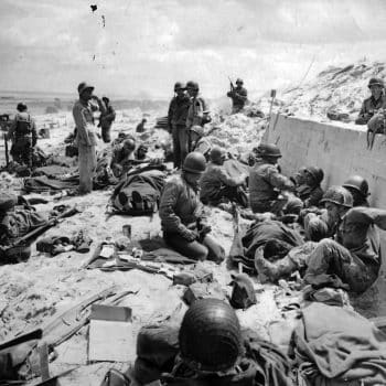 Doctors treating the injured soldiers of the American 4th Infantry Division on Utah Beach - Normandy D-Day Tour